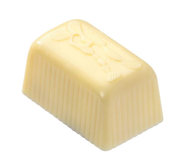 14 Desiree, White Pineapple & Rum Butter Cream