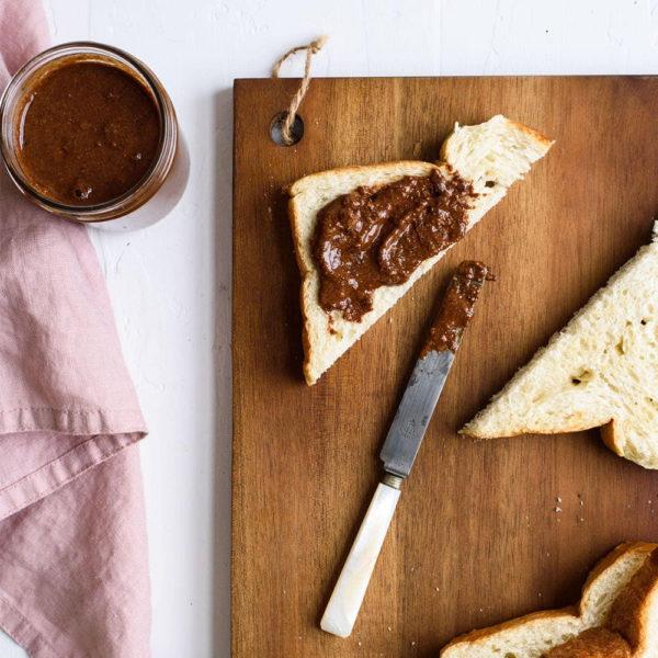 Leonidas Luxury Chocolate Milk Praline Spread