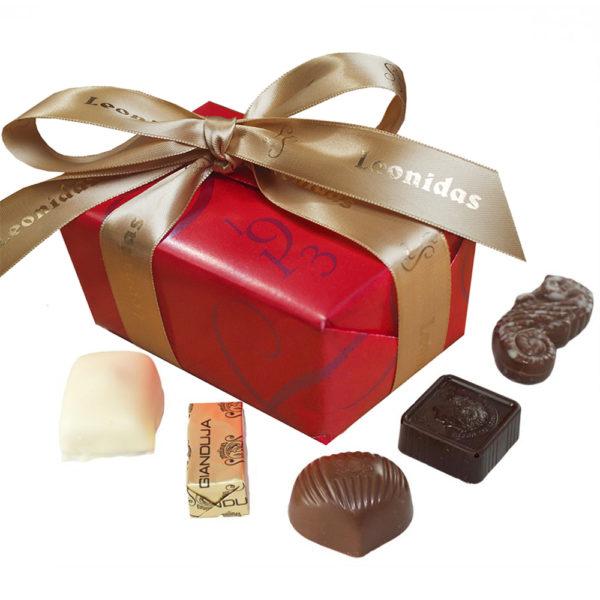 Self Select Hamper, 30 Chocolate & Truffles, 4 Bars & Spread