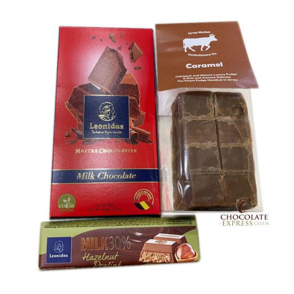 Tasting Hamper, 25 Chocolates, Bars, Fudge, Hot Chocolate + More